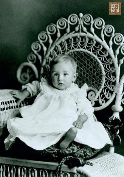 Walt Disney Child Photo